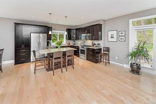 Photo 8: 2014 Hawkins Pl in Highlands: Hi Bear Mountain House for sale : MLS®# 838746