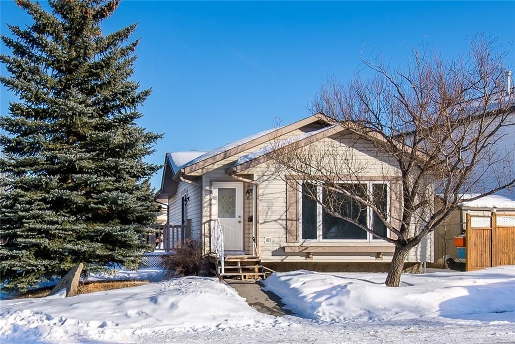 Main Photo: 256 SHEEP RIVER Lane: Okotoks House for sale : MLS®# C4170641