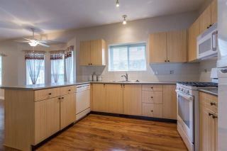 Photo 3: 6655 205A Street in Langley: Willoughby Heights House for sale : MLS®# R2115743