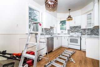 Photo 3: 33475 DEWDNEY TRUNK Road in Mission: Mission BC House for sale : MLS®# R2619880