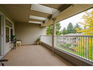"""Photo 9: 191 20391 96 Avenue in Langley: Walnut Grove Townhouse for sale in """"CHELSEA GREEN"""" : MLS®# R2621978"""