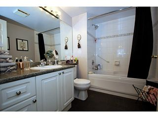 """Photo 15: 303 1369 56TH Street in Tsawwassen: Cliff Drive Condo for sale in """"WINDSOR WOODS"""" : MLS®# V1058520"""