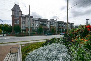 Photo 1: 414 2330 Wilson Street in Port Coquitlam: Central Pt Coquitlam Condo for sale : MLS®# R2306390