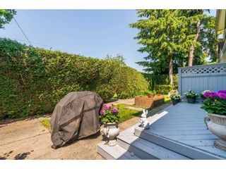 Photo 2: 4 2305 ST JOHNS Street in Port Moody: Port Moody Centre Townhouse for sale : MLS®# R2388377