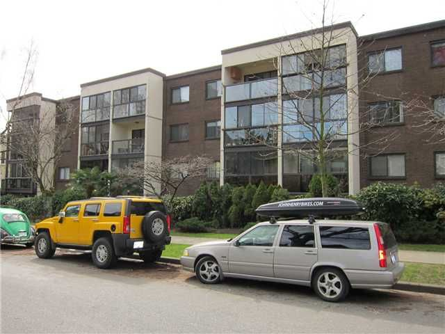 """Main Photo: 403 1140 PENDRELL Street in Vancouver: West End VW Condo for sale in """"SOMERSET"""" (Vancouver West)  : MLS®# V931325"""