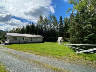Photo 2: 16465 E PERRY Road in Prince George: Giscome/Ferndale House for sale (PG Rural East (Zone 80))  : MLS®# R2491643