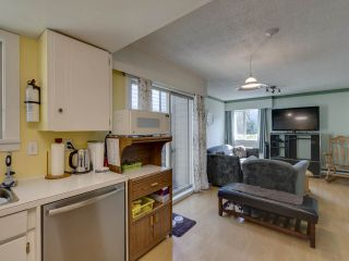 "Photo 6: 44 6871 FRANCIS Road in Richmond: Woodwards Townhouse for sale in ""Timberwood Village"" : MLS®# R2495957"