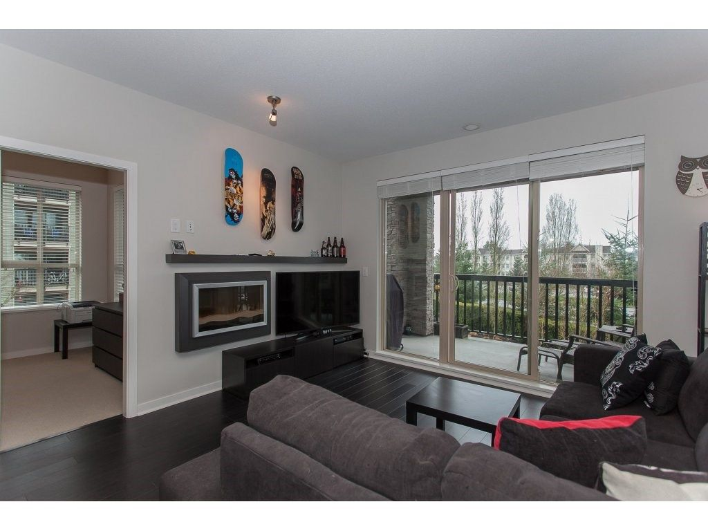 """Photo 4: Photos: 210 5655 210A Street in Langley: Salmon River Condo for sale in """"CORNERSTONE NORTH"""" : MLS®# R2152844"""