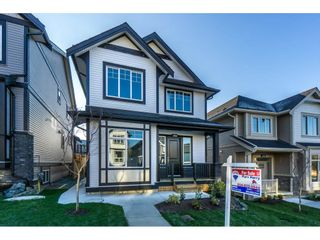 Photo 1: 36052 EMILY CARR Green in Abbotsford: Abbotsford East House for sale : MLS®# R2223484