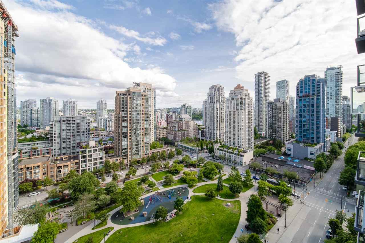 Main Photo: 1704 1155 SEYMOUR STREET in Vancouver: Downtown VW Condo for sale (Vancouver West)  : MLS®# R2508018