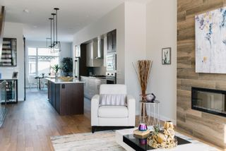 Photo 5: 10420 138 Street in Edmonton: Zone 11 House for sale : MLS®# E4253872