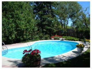Photo 2: 961 CRESTVIEW PARK Drive in WINNIPEG: Westwood / Crestview Residential for sale (West Winnipeg)  : MLS®# 2814688