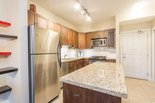 """Photo 4: 105 3895 SANDELL Street in Burnaby: Central Park BS Condo for sale in """"CLARKE HOUSE"""" (Burnaby South)  : MLS®# R2233846"""