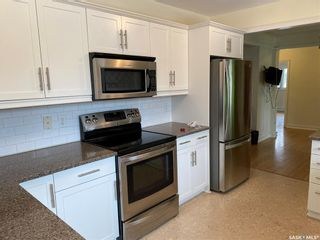 Photo 5: 3333 21st Avenue in Regina: Lakeview RG Residential for sale : MLS®# SK845112