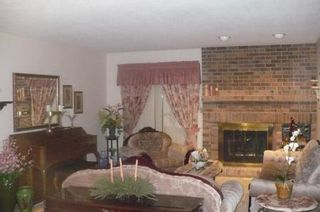 Photo 8: 23 OLFORD Crescent in Winnipeg: Residential for sale (Canada)  : MLS®# 1201386