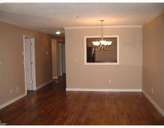 """Photo 3: 33165 2ND Ave in Mission: Mission BC Condo for sale in """"Mission Manor"""" : MLS®# F2704436"""