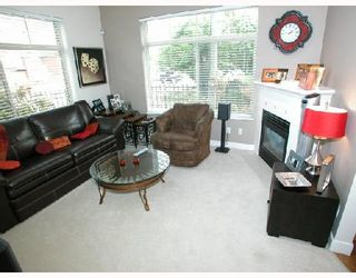 Photo 3: 109 2330 WILSON Avenue in Port_Coquitlam: Central Pt Coquitlam Condo for sale (Port Coquitlam)  : MLS®# V657811