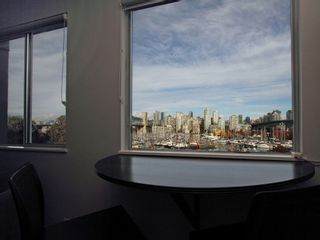 """Photo 14: 404 1510 W 1ST Avenue in Vancouver: False Creek Condo for sale in """"MARINERS POINT"""" (Vancouver West)  : MLS®# V919317"""