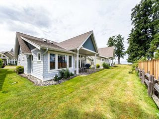 Photo 2: 39 - 5251 West Island Highway in Qualicum Beach: Vancouver Island House for sale : MLS®# 879939