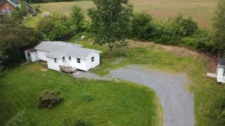 Photo 1: 3859 Highway 14 in Upper Rawdon: 105-East Hants/Colchester West Residential for sale (Halifax-Dartmouth)  : MLS®# 202118072