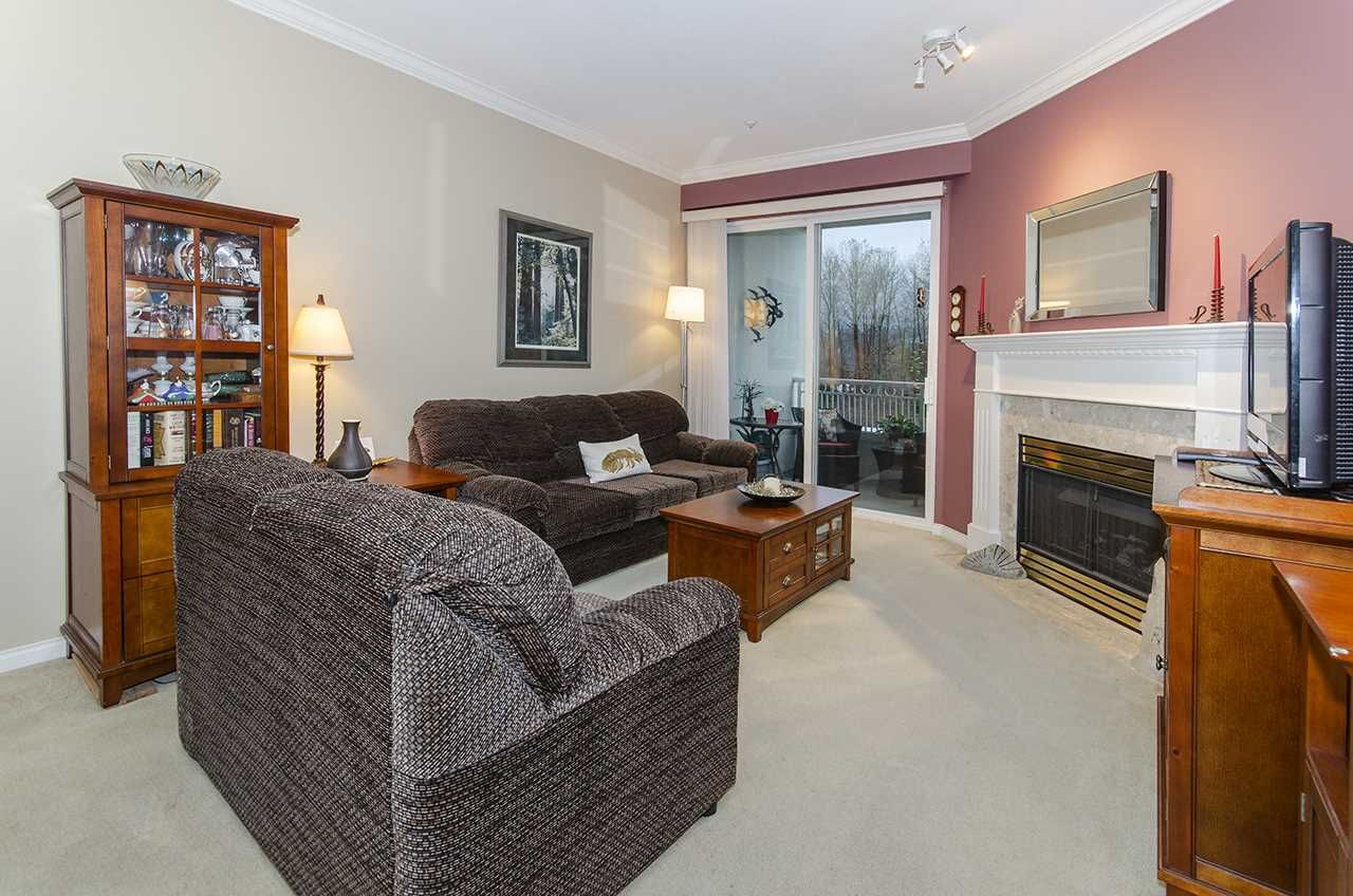 """Main Photo: 444 3098 GUILDFORD Way in Coquitlam: North Coquitlam Condo for sale in """"MARLBOROUGH HOUSE"""" : MLS®# R2519004"""