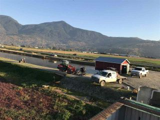 Photo 3: 8450 GIBSON ROAD in Chilliwack: Agriculture for sale : MLS®# C8037456