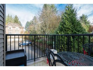 "Photo 11: 16 33321 GEORGE FERGUSON Way in Abbotsford: Central Abbotsford Townhouse for sale in ""CEDAR LANE"" : MLS®# R2222167"