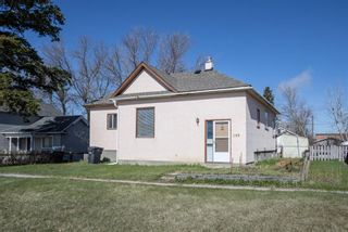 Main Photo: 209 Aberdeen Street: Blackie Detached for sale : MLS®# A1106606