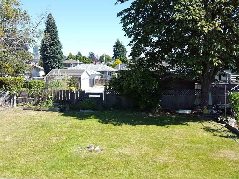 Photo 3: Photos: 7162 WILLINGDON Avenue in Burnaby: Metrotown House for sale (Burnaby South)  : MLS®# R2131991