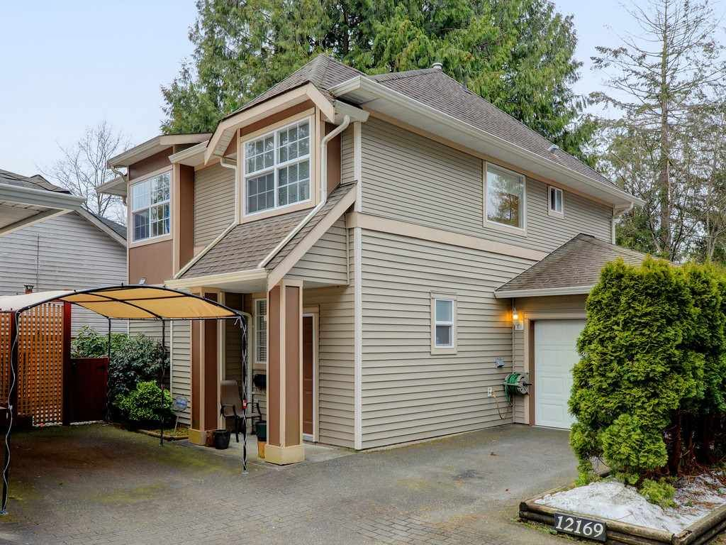 Main Photo: 3 12169 228TH Street in Maple Ridge: East Central Townhouse for sale : MLS®# R2348149