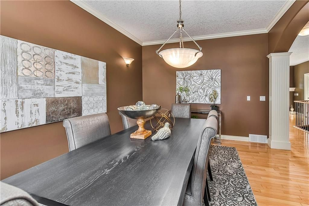 Photo 40: Photos: 73 DISCOVERY WOODS Villa SW in Calgary: Discovery Ridge Semi Detached for sale : MLS®# C4218779