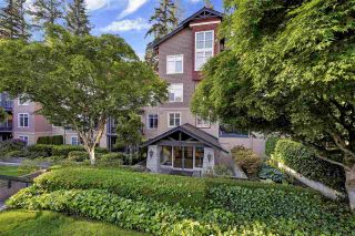 """Photo 27: 302 1144 STRATHAVEN Drive in North Vancouver: Northlands Condo for sale in """"Strathaven"""" : MLS®# R2464031"""