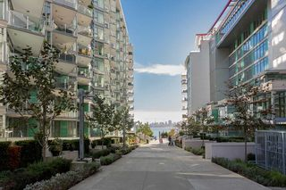 """Photo 31: 701 199 VICTORY SHIP Way in North Vancouver: Lower Lonsdale Condo for sale in """"TROPHY AT THE PIER"""" : MLS®# R2509292"""