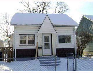 Photo 1:  in WINNIPEG: North End Residential for sale (North West Winnipeg)  : MLS®# 2901056