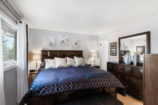Photo 13: 7 Woodmont Rise SW in Calgary: Woodbine Detached for sale : MLS®# A1092046