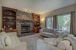 Photo 10: 30 Simcrest Manor SW in Calgary: Signal Hill Detached for sale : MLS®# A1146154