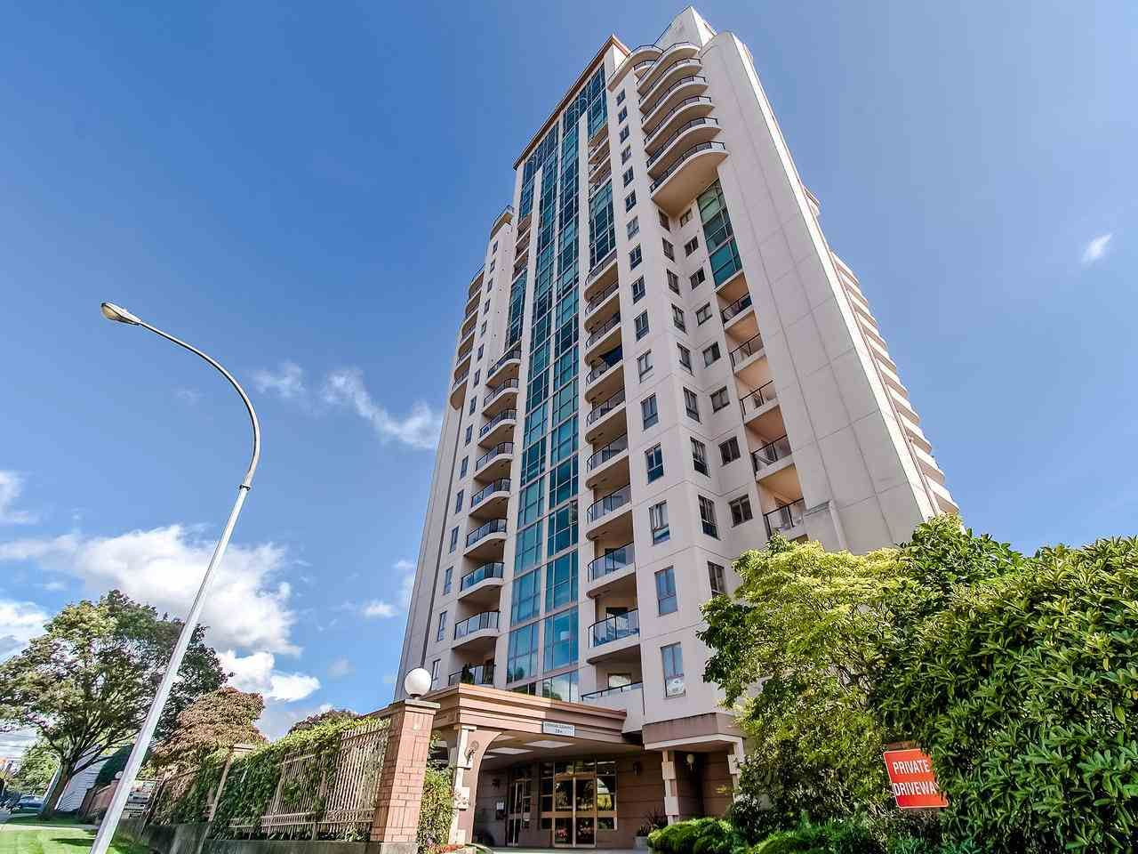 Main Photo: 402 612 FIFTH Avenue in New Westminster: Uptown NW Condo for sale : MLS®# R2426247