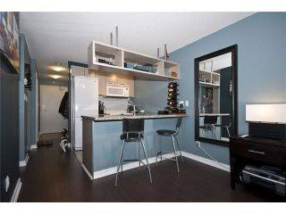 "Photo 8: 905 1082 SEYMOUR Street in Vancouver: Downtown VW Condo for sale in ""FREESIA"" (Vancouver West)  : MLS®# V1129225"