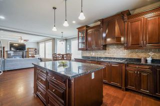 """Photo 11: 19664 71A Avenue in Langley: Willoughby Heights House for sale in """"Willoughby"""" : MLS®# R2559298"""
