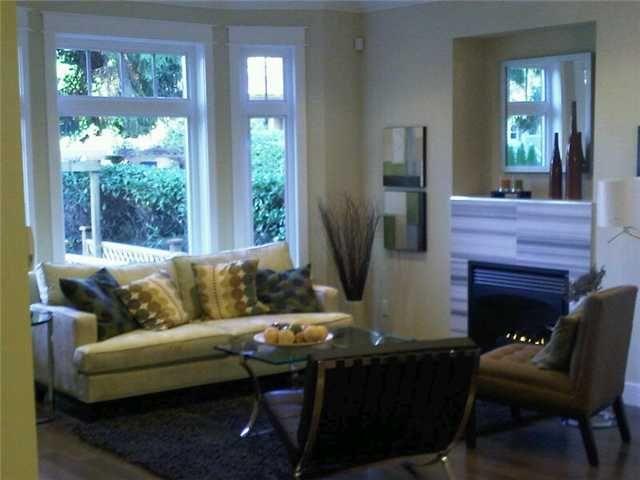 Photo 2: Photos: 2762 W 3RD AV in : Kitsilano 1/2 Duplex for sale : MLS®# V852882
