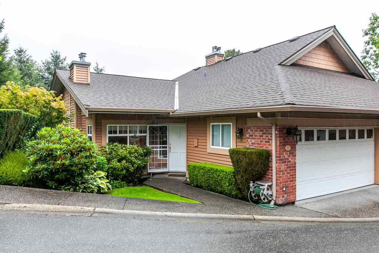 """Main Photo: 17 5201 OAKMOUNT Crescent in Burnaby: Oaklands Townhouse for sale in """"HARTLANDS"""" (Burnaby South)  : MLS®# R2099828"""