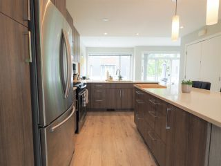 "Photo 5: 9 41488 BRENNAN Road in Squamish: Brackendale 1/2 Duplex for sale in ""RIVENDALE"" : MLS®# R2457979"