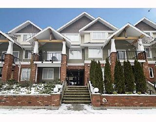 Photo 1: 207 1567 GRANT Avenue in Port_Coquitlam: Glenwood PQ Townhouse for sale (Port Coquitlam)  : MLS®# V686204