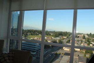 """Photo 10: 1812 10777 UNIVERSITY Drive in Surrey: Whalley Condo for sale in """"City Point"""" (North Surrey)  : MLS®# R2182204"""