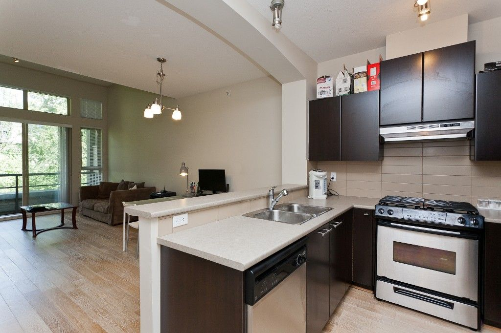 """Photo 9: Photos: 514 9319 UNIVERSITY Crescent in Burnaby: Simon Fraser Univer. Condo for sale in """"HARMONY AT THE HIGHLANDS"""" (Burnaby North)  : MLS®# V1009377"""