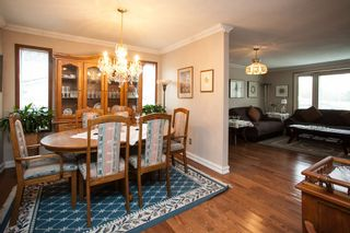 Photo 4: 16268 14 Avenue in Surrey: King George Corridor House for sale (South Surrey White Rock)  : MLS®# R2009127