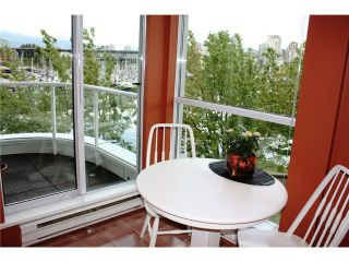 """Photo 6: 305 1551 MARINERS Walk in Vancouver: False Creek Condo for sale in """"LAGOONS"""" (Vancouver West)  : MLS®# V834816"""