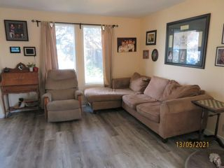 Photo 3: 19 Erin Grove Court SE in Calgary: Erin Woods Detached for sale : MLS®# A1105312