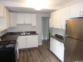 Photo 3: 2501 Edward Street in Regina: River Heights RG Residential for sale : MLS®# SK868012