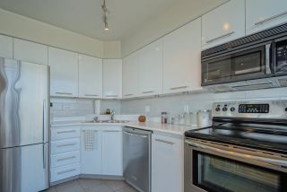 """Photo 17: 2701 120 W 2 Street in North Vancouver: Lower Lonsdale Condo for sale in """"Observatory"""" : MLS®# R2513687"""